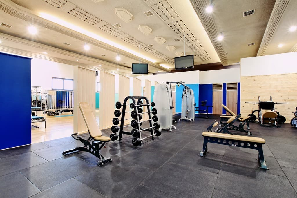 gymnasium business plan Gym business opportunity - why open a gym our daily routine is more stressful than we can imagine in pursuit of becoming successful, we tend to forget about the most important things that is ourselves.